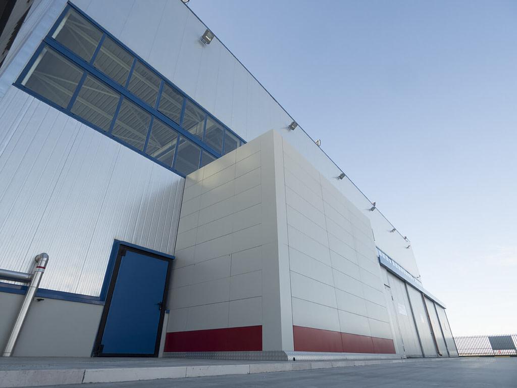 ICAM   Alidaunia: magazzino verticale SILO² outdoor per lo stoccaggio sicuro di parti di ricambio e attrezzi di alto valore