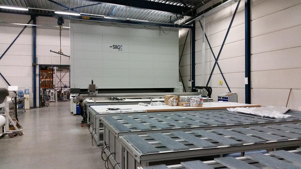 ICAM | Stoccaggio automatico e sicuro di rotoli di tessuto tecnico per Milestone