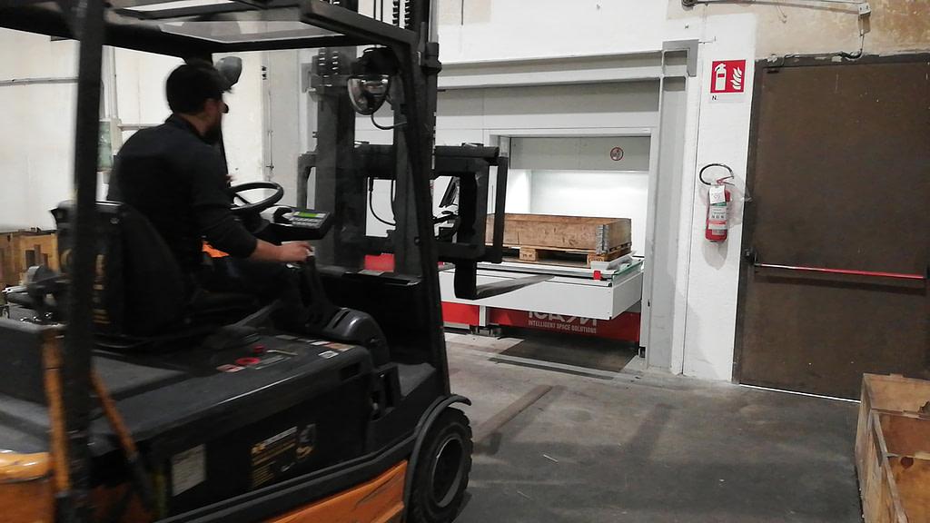ICAM | Magazzino verticale SILO² outdoor per lo stoccaggio sicuro ed ergonomico di pallet