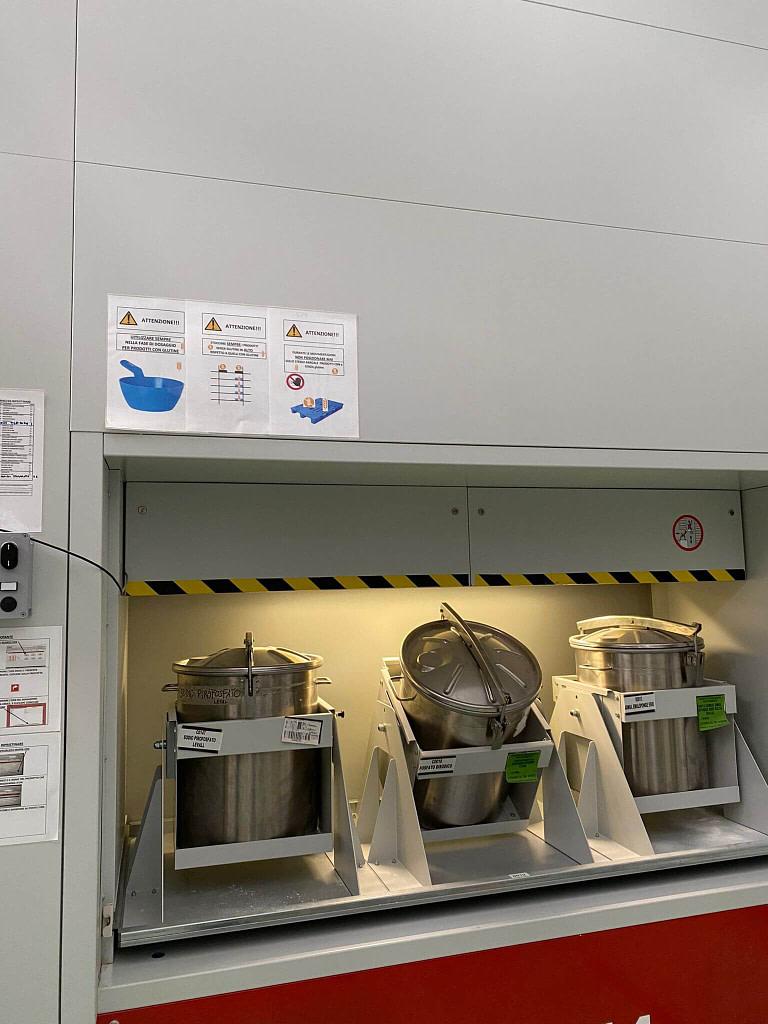 ICAM | SILO² con baie contrapposte in asservimento alla produzione e all'allestimento ordini per Tecnoblend